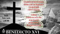 cruz2-BENEDICTO-XVI-LOURDES-PQ