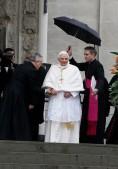 Pope+Benedict+XVI+Visits+Turin+ixM1SdIwbtBl