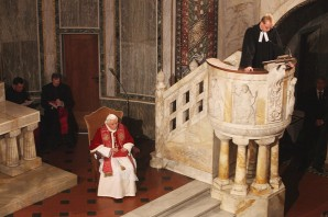 Pope+Visits+Evangelic+Lutheran+Church+Rome+G_B84FTFdB_l