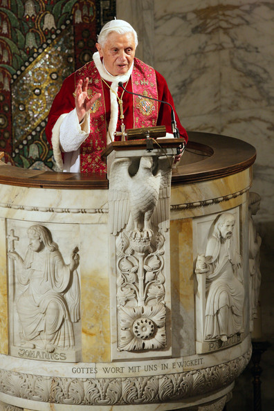 Pope+Visits+Evangelic+Lutheran+Church+Rome+UqMazUiPFBbl