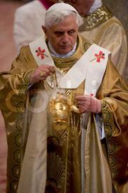 Benedict XVI Celebrates Eucharist in St John Lateran Basilica