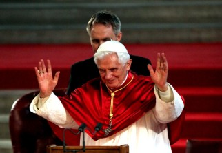 Holiness+Pope+Benedict+XVI+Pays+State+Visit+akJHLThBOU1l