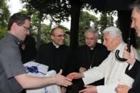 seminaristi-della-diocesi-faensa-modigliana-16_06_2015-regali_1434535031