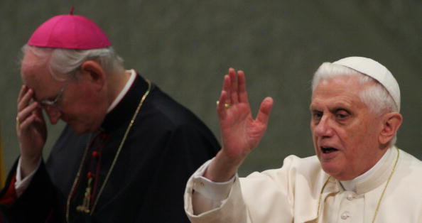 Pope Benedict XVI blesses the faithful i