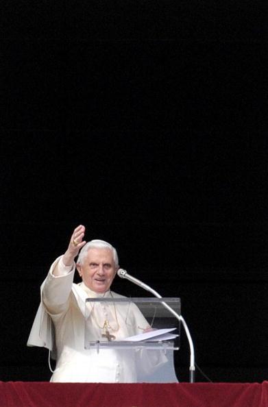 Pope Benedict XVI greets the faithful du