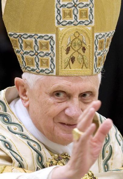 Pope Benedict XVI blesses the faithfull