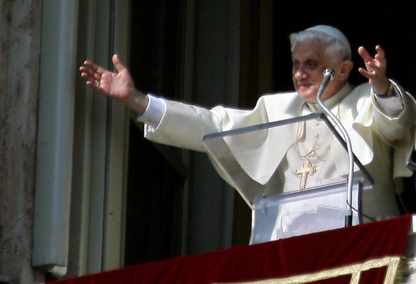 Pope Benedict XVI blesses the faithfull
