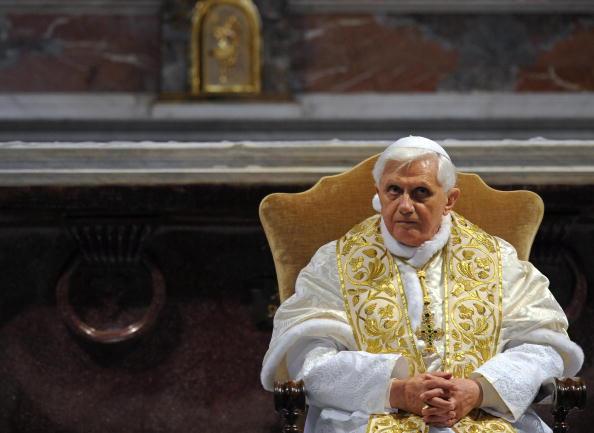 Pope Benedict XVI pauses at San Bartolem